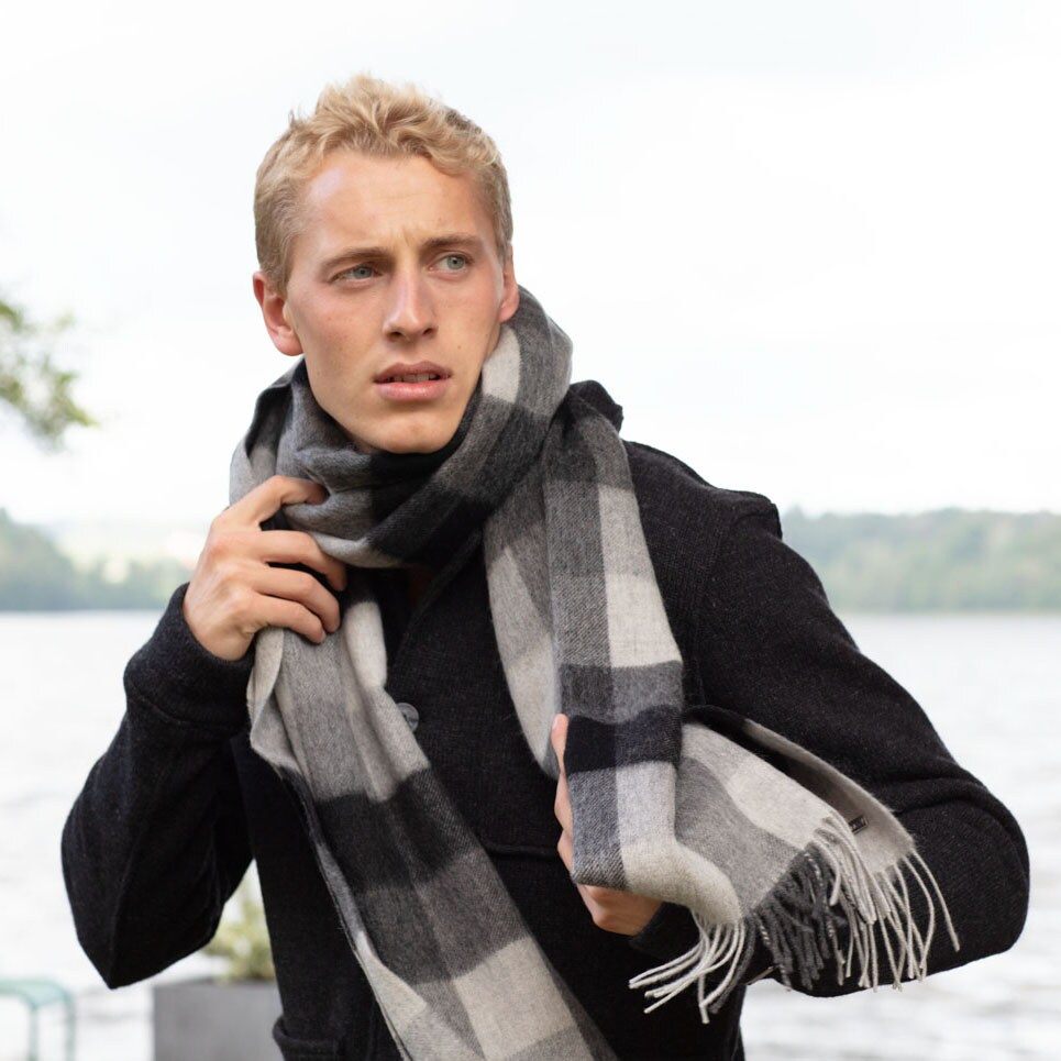 Bua scarf